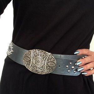 CHICOS EMBELLISHED SLOUCH NICHOLAI BELT SILVER M